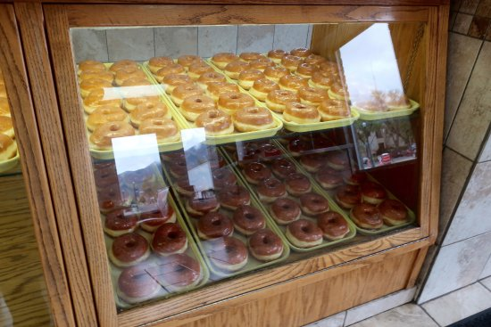Manti, UT: Miller's Drive-Thru donuts
