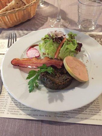 Vers, France : Restaurant La Truite Dorée