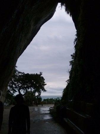Lingyan Cave