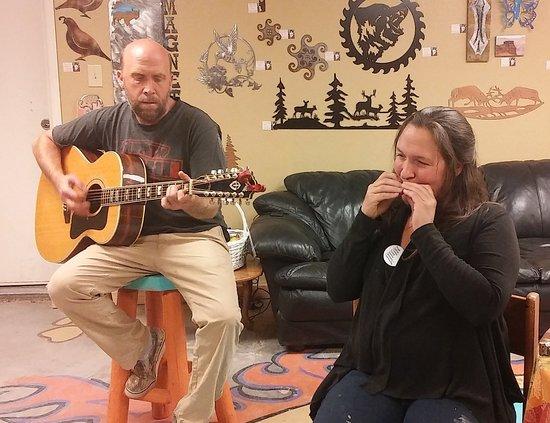 Prescott Valley, AZ: Open Mic on Thursdays and Saturdays