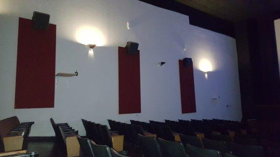 Keller 8 Cinema