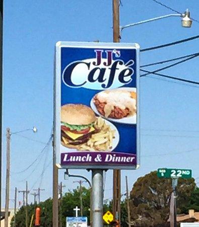 Slaton, TX: J J's Cafe
