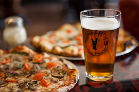 Ripon, WI: Wood fired pizza and hand crafted artisan beer!