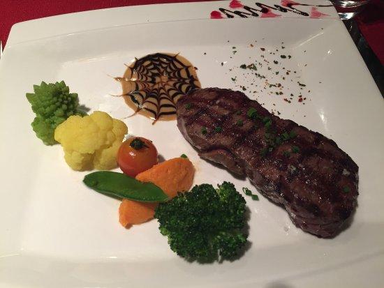 Anzere, Zwitserland: Le top, cuisine raffinée digne d'un grand chef, meilleur rapport qualité prix à Anzėre