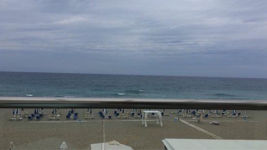 Iperion Beach Hotel: photo1.jpg