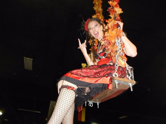 Puyallup, WA: Manuela Horn swing girl and Head liner; Oktoberfest NW @ the Washington State Fair grounds