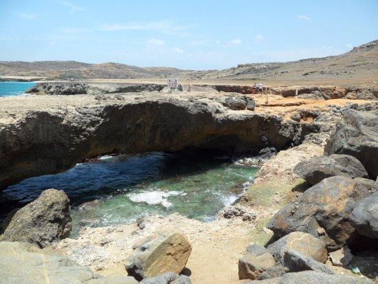 "Pos Chiquito, Aruba: ""baby"" natural bridge"