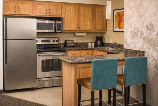 Residence Inn Portland North Harbour: Two Bedroom Suite Kitchen