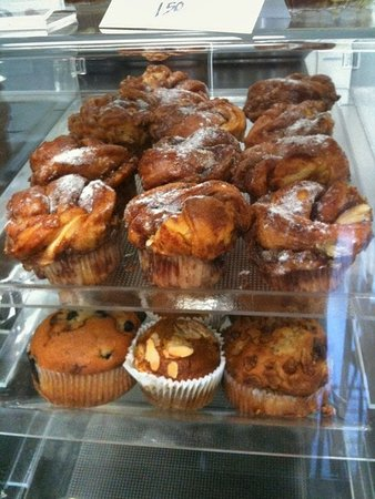La Mesa, Kalifornien: Fresh daily blueberry, cranberry, pumpkin muffins