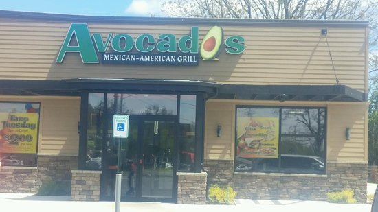 Commack, NY: Avocados is a family-friendly restaurant with fresh food!