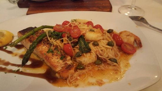 Gennaro's Trattoria: Salmon