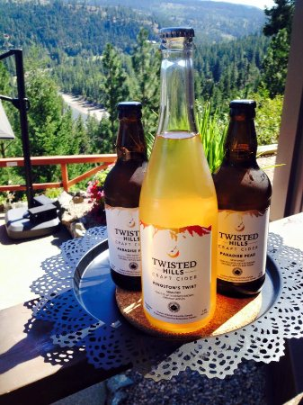 ‪‪Princeton‬, كندا: Now serving local craft ciders from Twisted Hills Cidery in Cawston, B.C! ‬