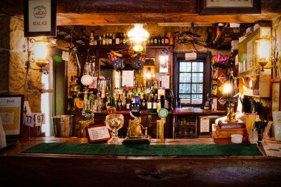 The bar in the Settlers Arms Inn.