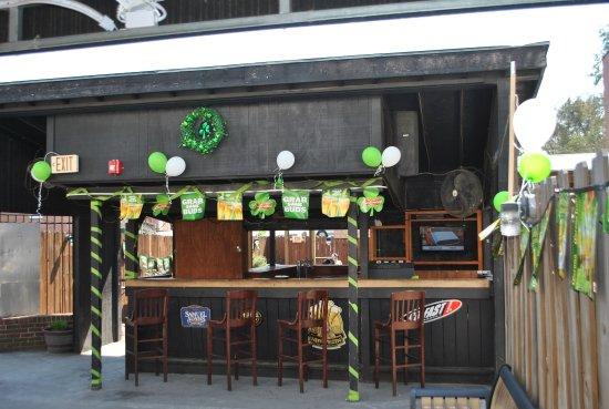Southern Pines, NC: Old Bar
