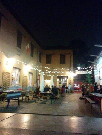 Cardano al Campo, Italy: Circolo Quarto Stato