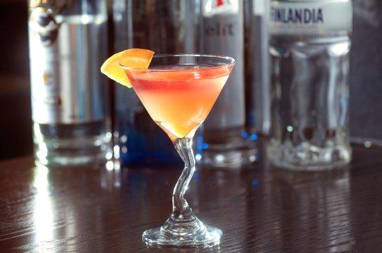 La Quinta Cliffhouse Grill and Bar: Martini