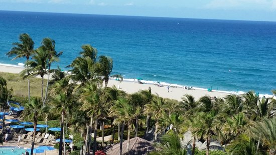 Palm Beach Shores, Φλόριντα: Breath taking view from the unit you can enjoy every day!