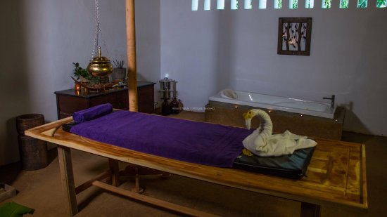 Puttalam, Sri Lanka: Treatment room