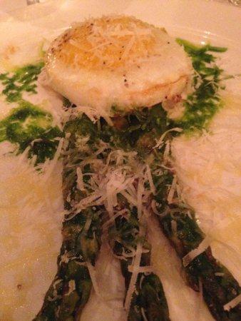Babbo: Asparagus and an Egg