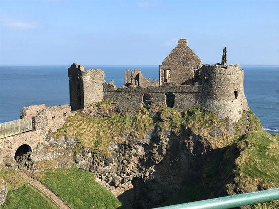 Dunluce Castle: Beautiful Dunluce Castl.e
