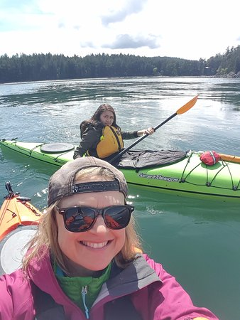 Mayne Island, Canadá: The kayaking adventure!!
