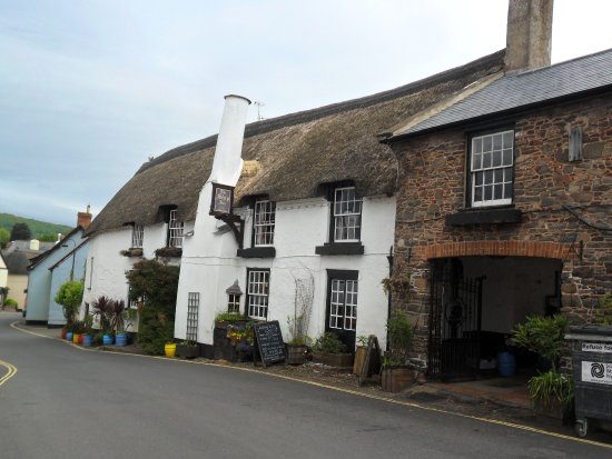 The Ship Inn: The 13th century Ship Inn