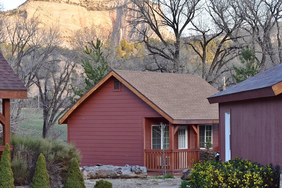 Mount Carmel, UT: Piney Cabin - Gorgeous surroundings