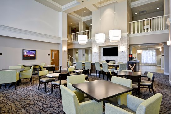 Beaverton, OR: Lobby and Dining Seating