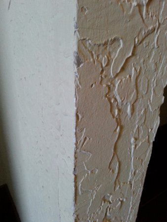 San Rafael, CA: More chipped walls