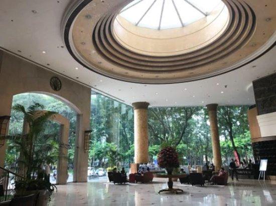 New World Saigon Hotel: エントランス