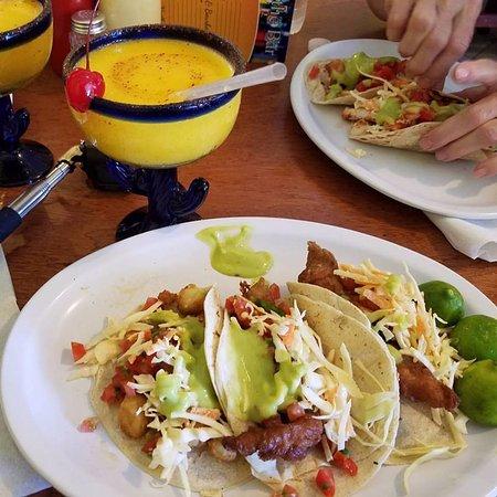 Taqueria Rossy : Tacos and Margaritas! Yum