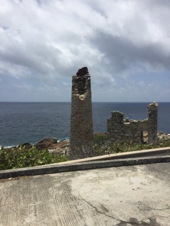Spanish Town, Virgin Gorda: View of ruined tower...at the copper mines