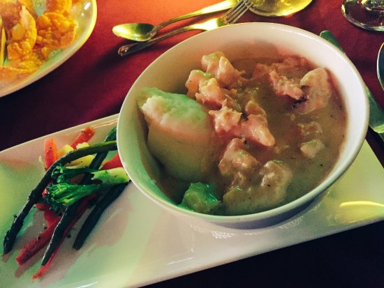 Chez Bamboo: Another picture of delish lobster curry. This time veggie sides were different...