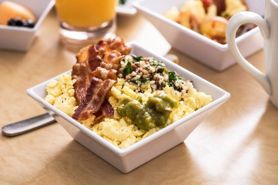 Hyatt Place Richmond / Arboretum: California Dreamin' Bowl
