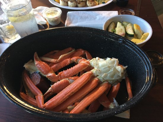 Crabby Oddwaters : 1.5 lbs of the BEST crab legs around