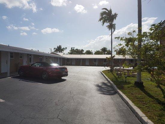 Everglades City Motel: 20170518_171144_large.jpg