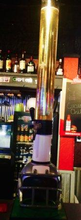 Dumas, Teksas: Beer Tube