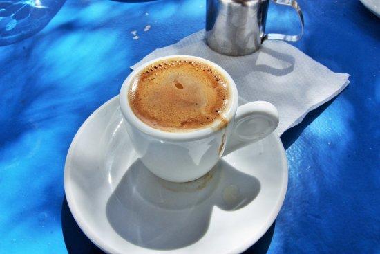 Lefkes, Hellas: excellent café grec