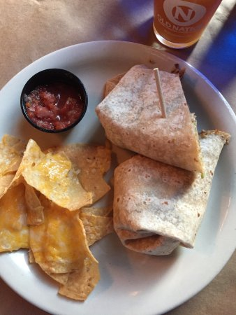 Williamston, MI: Mini Nachos with Westbrook wrap