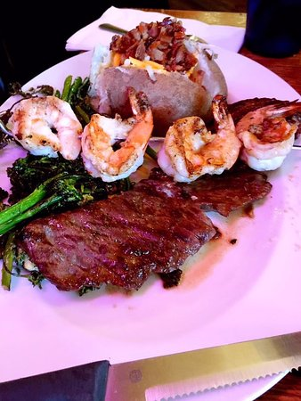 Snohomish, WA: Surf and Turf with potato