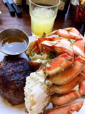 Snohomish, WA: Steak and crab special