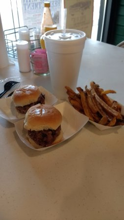 Jefferson, TX: beef sliders and fries are delicious and really good size