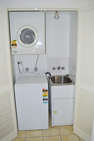 Holloways Beach, Αυστραλία: In room laundry facilities