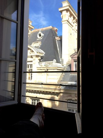 From rm 43 picture of hotel design sorbonne paris for Hotel design sorbonne paris 6 rue victor cousin 75005