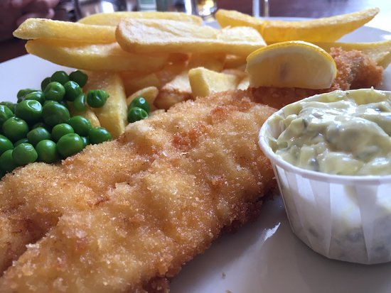 Auchterarder, UK: Breaded Moist Fish