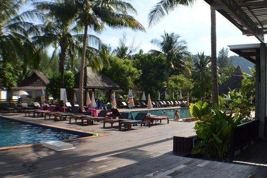 Nakara Long Beach Resort Resmi