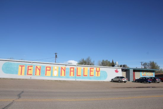 Shelby, MT: Ten Pin Alley & Casino