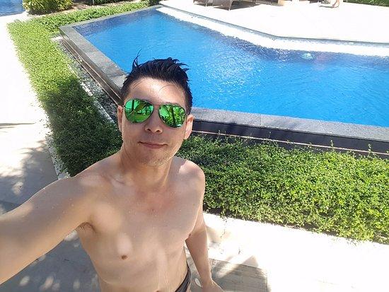 Henann Garden Resort: room near to the pool