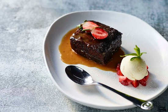 Hurricane's Grill Narellan Sticky Date Pudding