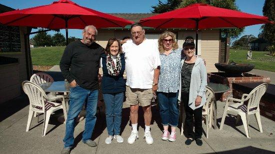Los Osos, CA: happy road trippers